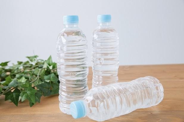 水ペットボトル